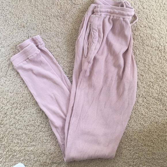 8b0a92d61691 Brandy Melville blush pink Rosa thermal sweatpants